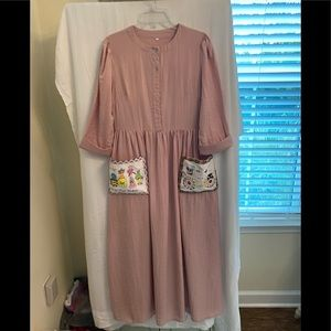 Really cool dress without a makers tag. XL